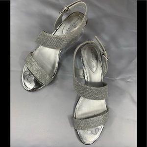 Bandolino Sparkly Silver Wedding Prom Heels Wedges
